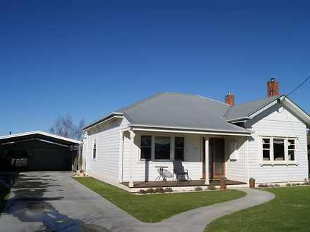 House - 105 Pearson Street,...