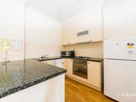 Apartment - 35/131 La Trobe...