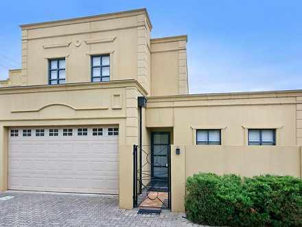 Townhouse - 11/258 Young St...