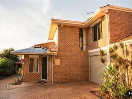 Townhouse - 2/14 Ramsdale S...