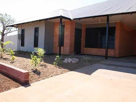 House - 19 Kurrajong Loop, ...