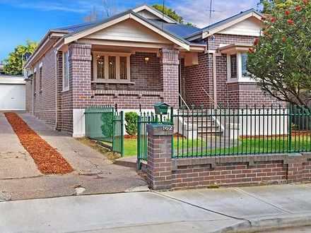 House - 162 Edwin Street, C...