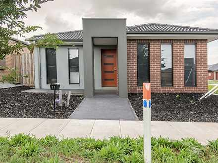 House - 27 Eynesbury View, ...