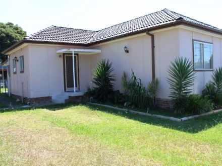 House - Fairfield East 2165...