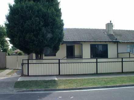House - 8 Trethowan Street,...