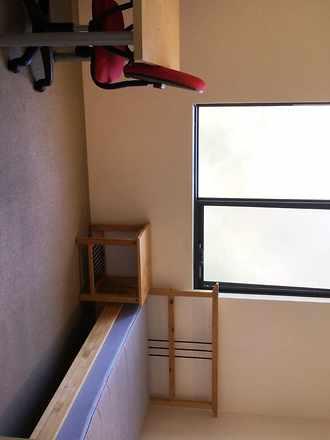 House - ROOM 7, 10A Burney ...