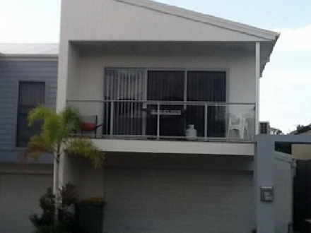 Townhouse - 4/46 Bayswater ...