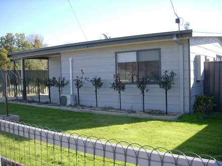 House - 25A Chenery Street,...