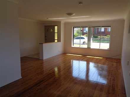 House - 43 Hume Crescent, W...