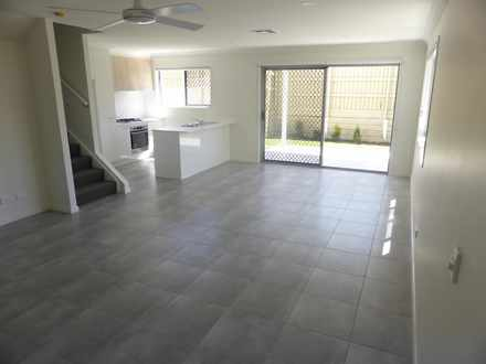 Townhouse - 1/179 Ridley Ro...