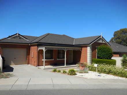 House - 2/46 Mistletoe Stre...