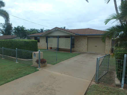 House - 11 Ferny Avenue, Av...