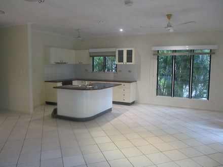 House - 6 Bridgeland Court,...