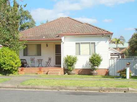 House - 6 Doncaster Avenue,...