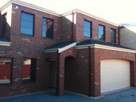 Townhouse - 3/16 Mort Stree...