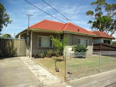 House - 33 Sandford Avenue,...