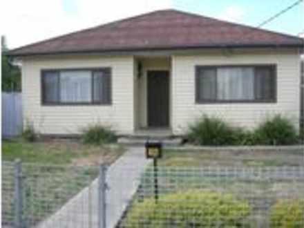 House - 16 Yallourn Street,...