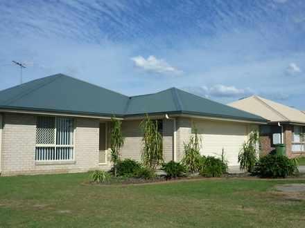 House - 34 Lockyer Place, C...