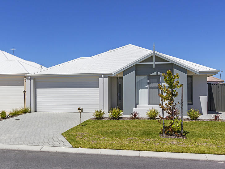 House - 4 Wistow Drive, Ave...