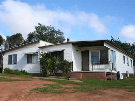 House - 16 Henry Bayly Driv...