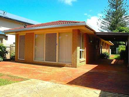 House - 189 Broadwater Terr...