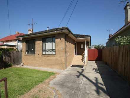 House - 33 Stirling Street,...