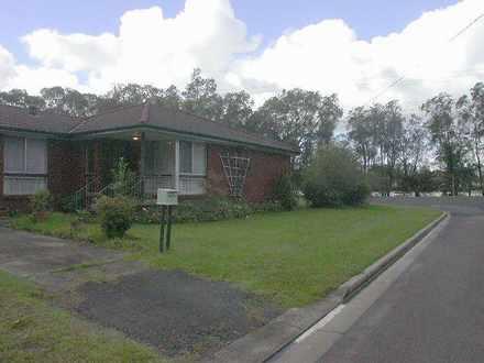 House - 10 Kingsland Close,...