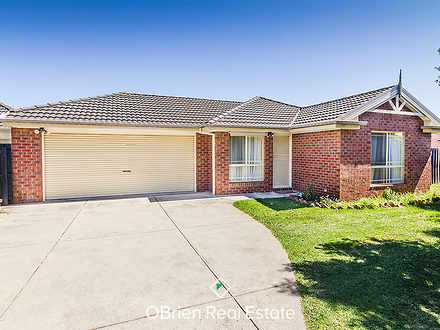 House - 27 Genista Road, Cr...