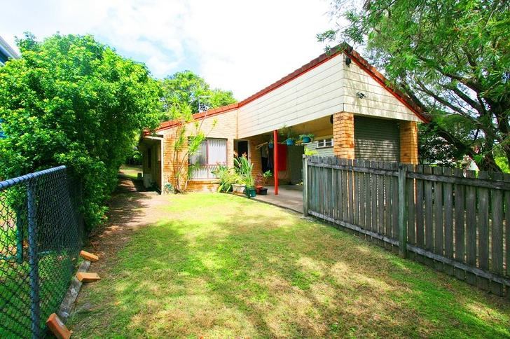 House - 136 Hyde Road, Yero...