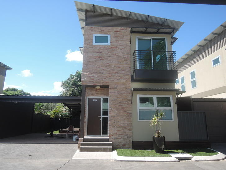Townhouse - 8/10E River Fig...