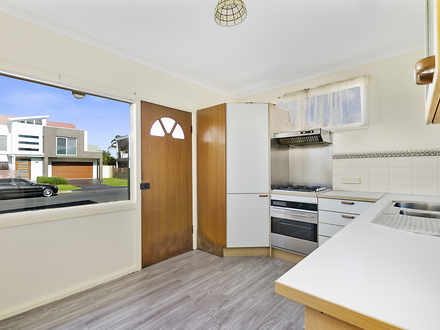 Unit - 3/12 Beach Drive, Wo...