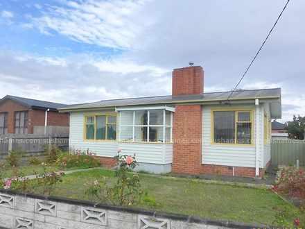 House - 17 Victoria Street,...