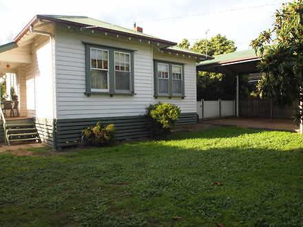 House - 2 Merrydale Street,...