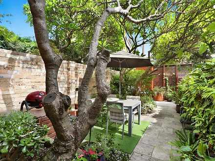 House - 10 Ormond Street, P...