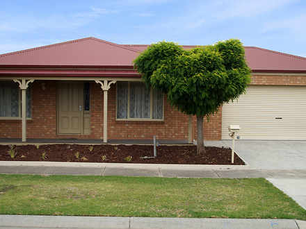 House - 28 Bayfield Court, ...