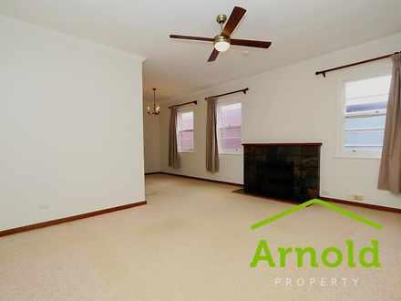 Apartment - 3/180 Brooks St...