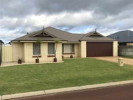 House - 124 Macquarie Drive...