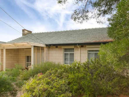 House - 5 Everest Avenue, M...