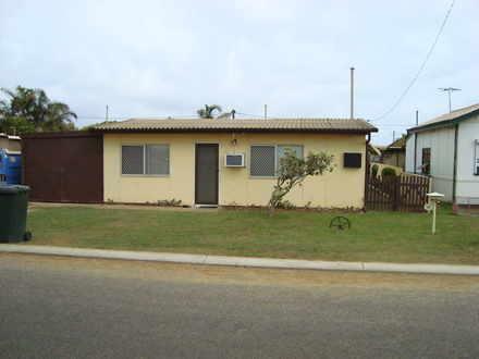 House - 48 Coxswain Crescen...