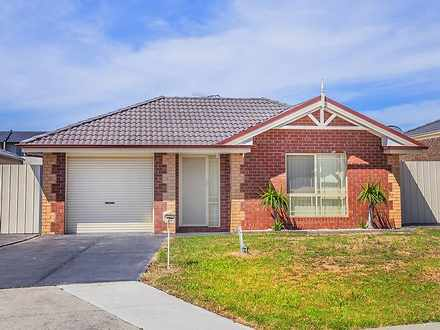 House - 27 Villawood Avenue...
