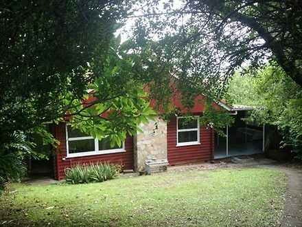 House - 38 Curlew Street, T...