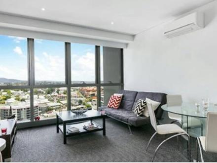 House - 1804 502 Adelaide S...