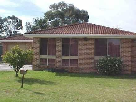 House - 5. Pampas Close, Cl...