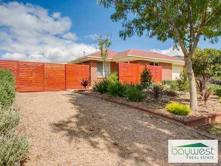 House - 2 Seaspray Court, H...