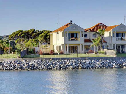 Townhouse - 16B Island Driv...