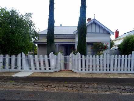 House - 18 Cowan Street, La...