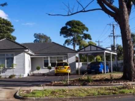 House - 30 Dorothy Street, ...