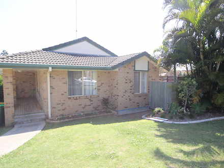 Townhouse - 1/6 Dunloy Cour...