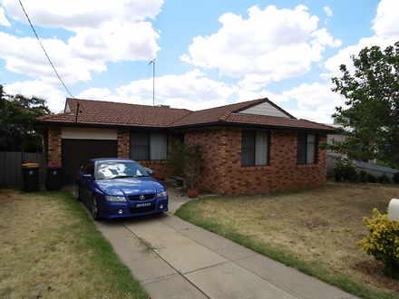 House - 16 Lawson, Parkes 2...
