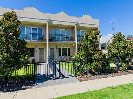 Townhouse - 2/20 Travers St...
